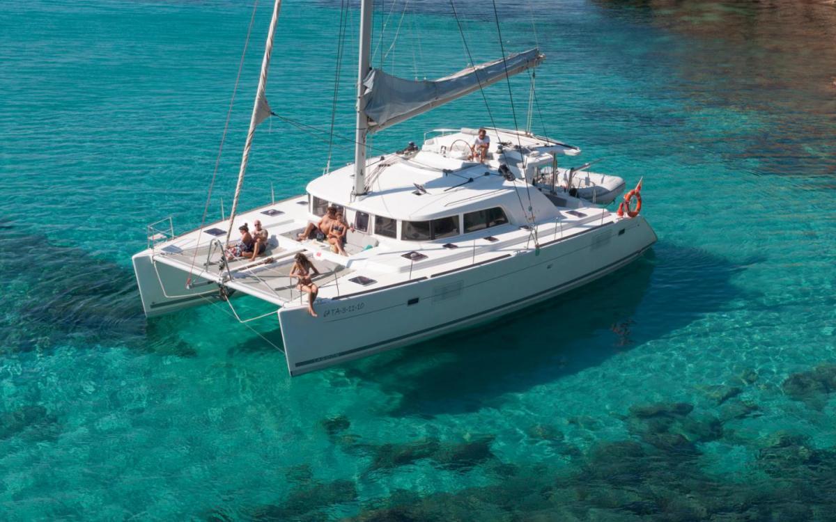 Lagoon 450 Catamaran (2017)