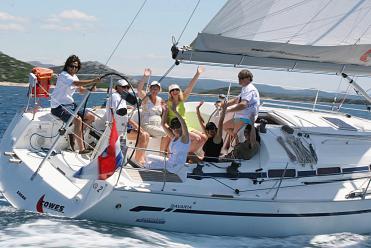 Segelboot Bavaria 42 Match