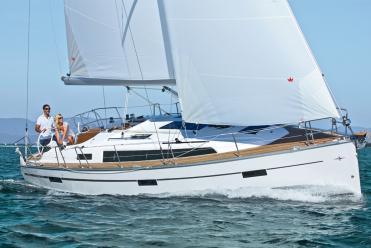 Sailboat Bavaria Cruiser 37 (3 cab)