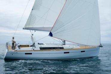 Segelboot Oceanis 45 (4 cab)