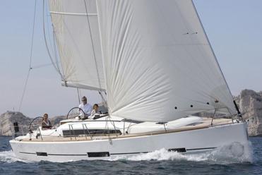 Sailboat Dufour 412 Grand Large