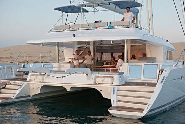 Catamaran Lagoon 620 (6 cab)