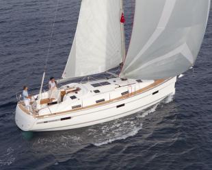 Sailboat Bavaria Cruiser 36 (3 cab)