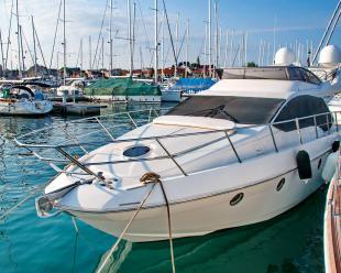 Motorboat Azimut 43 Fly
